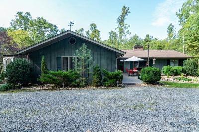 Bedford Single Family Home For Sale: 1319 Oakwood Knolls