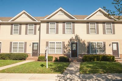 Condo/Townhouse Contingent/Show: 146 Old Tavern Circle