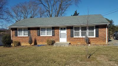 Bedford Single Family Home For Sale: 3022 Sleepy Ridge