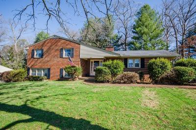 Bedford Single Family Home For Sale: 1564 Newton Circle