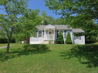 Madison Heights Single Family Home For Sale: 234 Mays Street