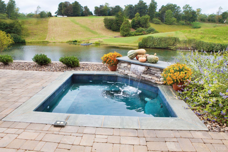 Listing: 1814 Lake Manor Drive, Forest, VA.| MLS# 312162 | Lynchburg ...