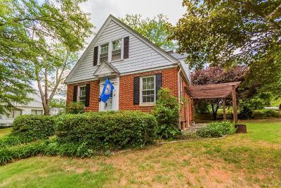 Altavista Single Family Home For Sale: 406 Westwood Drive