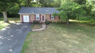 Amherst Single Family Home For Sale: 397 Flat Woods Road