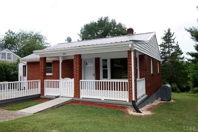 Bedford Single Family Home For Sale: 1031 Moneta Road