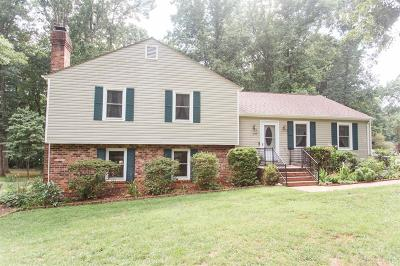 Forest Single Family Home For Sale: 207 Powhatan