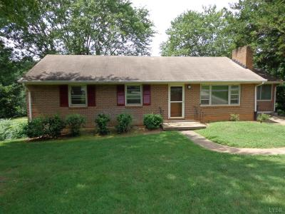 Lynchburg Single Family Home For Sale: 7144 Meadowbrook Road