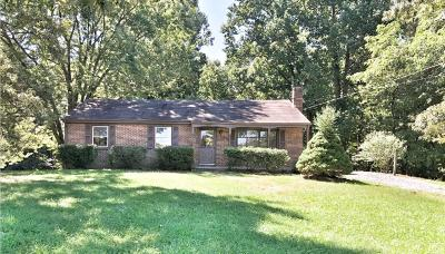 Bedford Single Family Home For Sale: 3033 Sleepy Ridge Drive