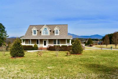 Bedford Single Family Home For Sale: 1747 Three Otters Road