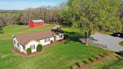 Bedford Single Family Home For Sale: 4706 Rock Cliff Road