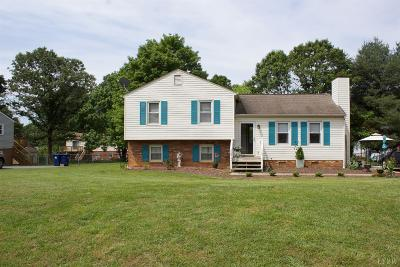 Forest Single Family Home For Sale: 231 Willow Oak Terrace