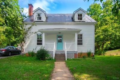 Bedford Single Family Home For Sale: 738 Blue Ridge Avenue