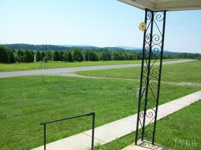 Bedford County Single Family Home For Sale: 2461 Fancy Grove Road