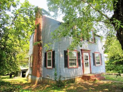 Amherst Single Family Home For Sale: 166 Washington Street