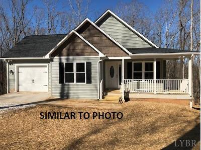 Concord Single Family Home For Sale: 1 Columbus Rd