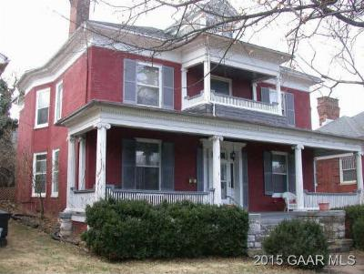 Staunton Single Family Home For Sale: 214 E Beverley St