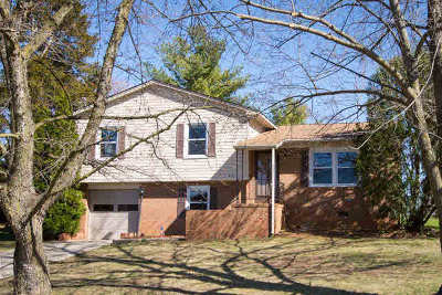 Single Family Home Sold: 270 Rockingham Dr
