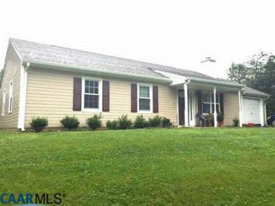 Single Family Home SELLER SAVED $1,730!*: 71 Blue Bell Rd