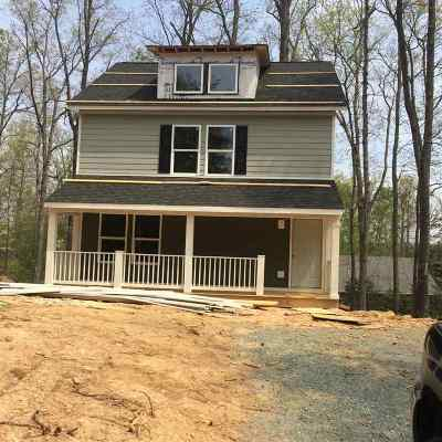 Fluvanna County Single Family Home For Sale: 4 Deerwood Ln