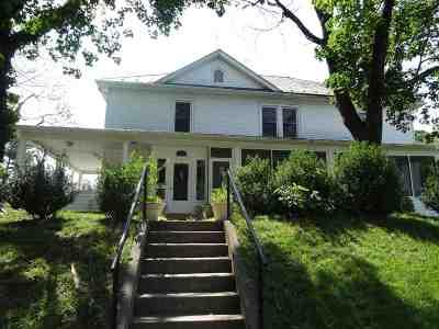 Waynesboro Single Family Home For Sale: 504 Oak Ave