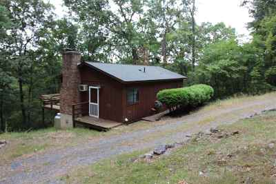 Shenandoah County Single Family Home For Sale: 234 Mockingbird Ln