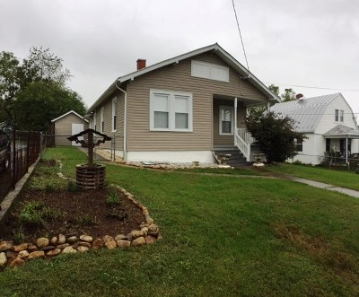 Single Family Home Sold: 118 S Waverly St
