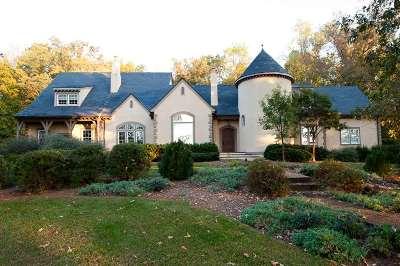 Albemarle County Single Family Home For Sale: 390 Villa Deste Ct