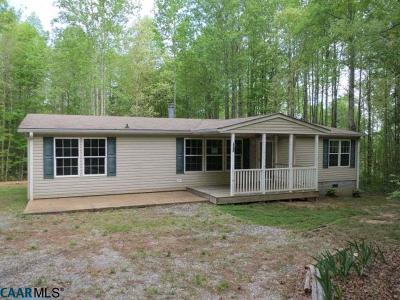 Buckingham County Single Family Home For Sale: 601 Social Hall Rd