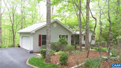 Palmyra Single Family Home For Sale: 52 Wildwood Dr