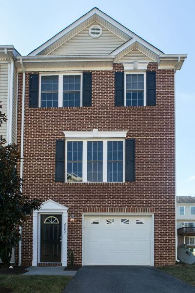 Townhome Sold: 2882 Crystal Spring Ln