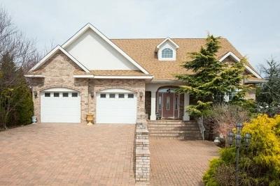 Barrington Single Family Home For Sale: 2820 Barrington Dr