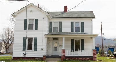 Waynesboro Single Family Home For Sale: 416 Arch Ave