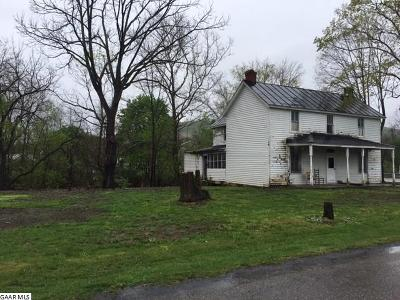 Augusta County Single Family Home For Sale: 3090 Deerfield Valley Rd