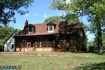 Madison County Single Family Home For Sale: 163 Abells Holler Log Ln