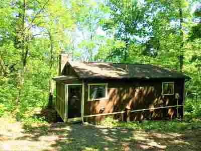 Shenandoah County Single Family Home For Sale: 424 Hilltop Ln