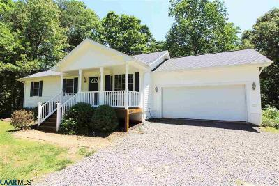 Louisa County Single Family Home For Sale: 145 Sycamore Syrcle