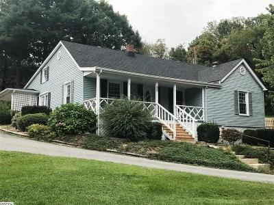 Single Family Home For Sale: 43 Morris Mill Rd