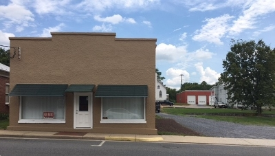 Broadway Commercial Sold: 137 N Main St