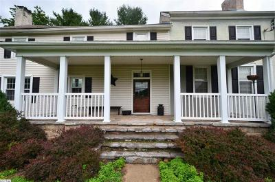 Waynesboro Single Family Home For Sale: 1801 Lyndhurst Rd
