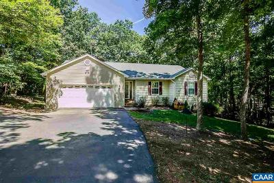 Single Family Home For Sale: 16 Rockwood Ln