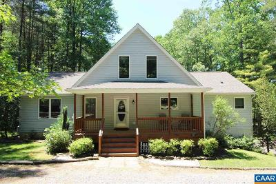 Louisa County Single Family Home For Sale: 427 Point Dr