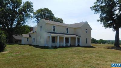 Rental For Rent: 1522 Oak Hill Ln