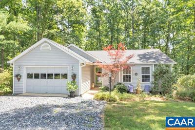 Fluvanna County Single Family Home For Sale: 26 Evergreen Ln