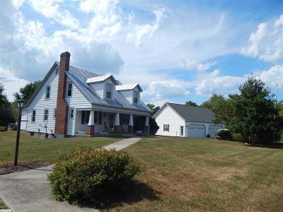 Augusta County Single Family Home For Sale: 1948 Barrenridge Rd