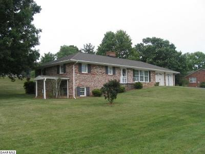 Stuarts Draft Single Family Home For Sale: 1908 Stuarts Draft Hwy