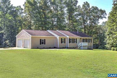 Louisa County Single Family Home For Sale: 2252 Cedar Hill Rd
