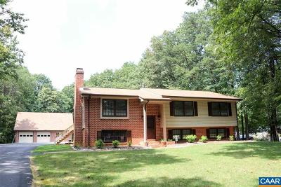 Albemarle County Single Family Home For Sale: 1680 Running Deer Dr