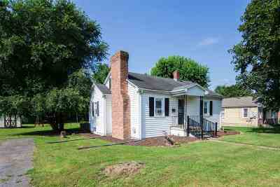 Rockingham County Single Family Home For Sale: 110 Ashby St