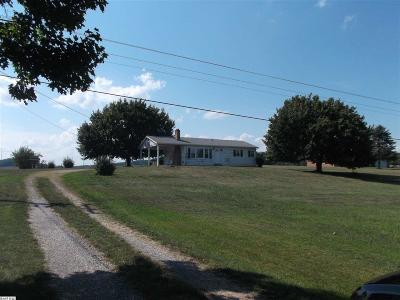 Augusta County Single Family Home For Sale: 4709 Lee Jackson Hwy