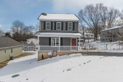 Augusta County Single Family Home For Sale: 176 Elliot St